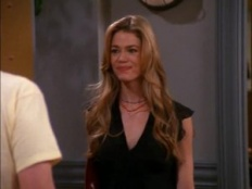 Friends 07x19 : The One With Ross And Monica's Cousin- Seriesaddict
